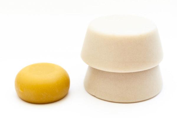 2 shampoings solides pour cheveux gras et 1 après shampoing solide