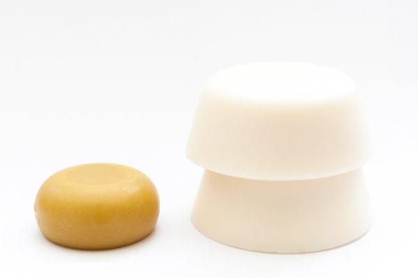 2 shampoings solides pour cheveux secs et 1 après shampoing solide
